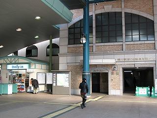 横川駅南口自転車置き場全体