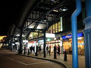横川駅バス停の夜景