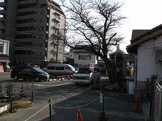 下祇園駅駅前駐車場